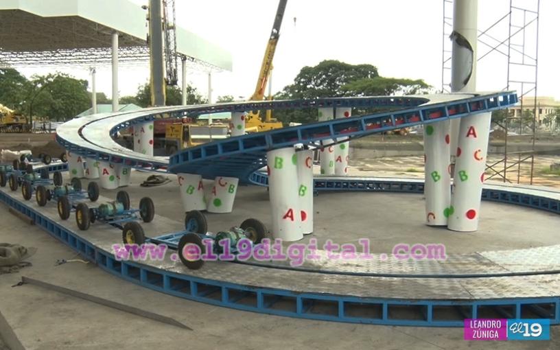 Avanza Instalacion De Juegos Mecanicos En El Parque Luis Alfonso En